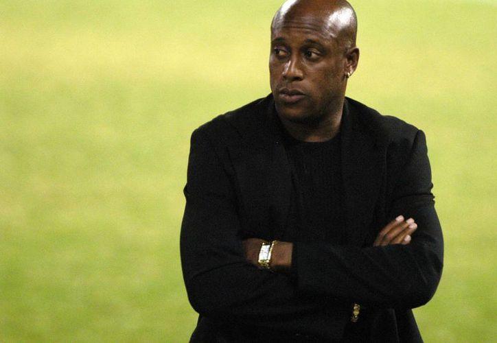Hernán Medford tuvo una gran trayectoria como futbolista de Costa Rica, pero como entrenador no ha brillado a la misma altura. (EFE)