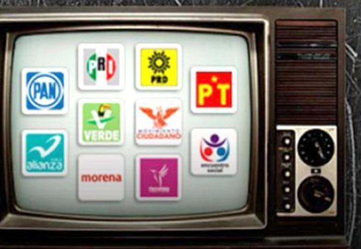 Por primera ocasión los precandidatos únicos podrán acceder a tiempos de radio y televisión, para difundir mil 320 spots por cada estación. (SIPSE)