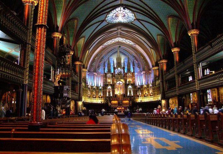 Interior de la Catedral de Nuestra Señora, en París, Francia. (Foto: europeantrips.org)