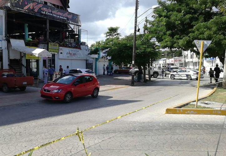 Los hechos se registraron sobre la avenida Uxmal, casi esquina con la avenida Yaxchilán. (Eric Galindo/SIPSE)