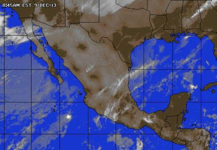 La entrada de aire marítimo tropical con poco contenido de humedad  procedente  del Golfo de México y  mar Caribe ocasiona clima caluroso y nubosidad. (Foto/www.accuweather.com)