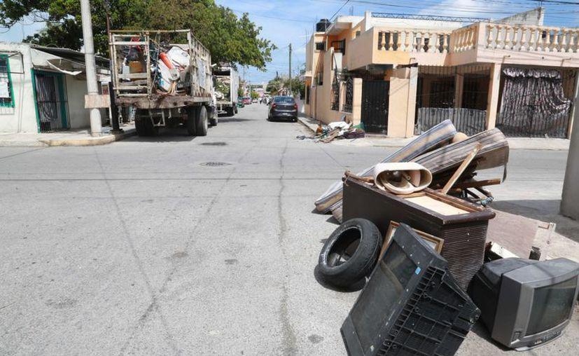 Logran recolectar toneladas de cacharros durante la jornada. (Cortesía/SIPSE)