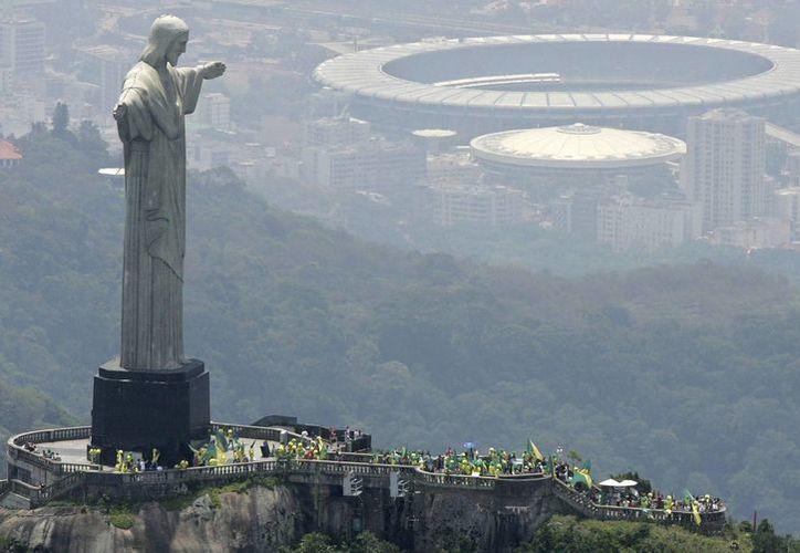 Vista de la ciudad de Rio de Janeiro, que será sede del Mundial en 2014 y los Juegos Olímpicos de 2016. (Agencias)
