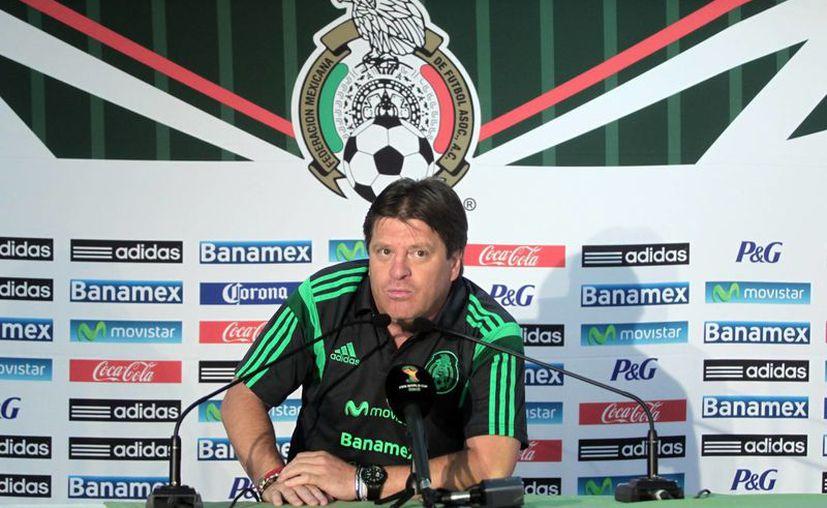 Miguel Herrera es el primer entrenador mexicano desde Manuel Lapuente en continuar en la Selección Mundial tas un Mundial. (Notimex)
