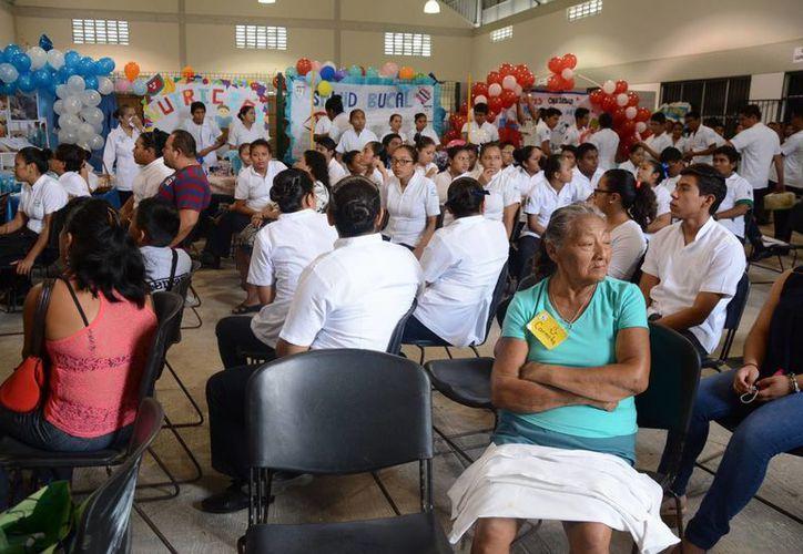 Se contó con la participación de 100 adultos durante el evento. (Victoria González/SIPSE)