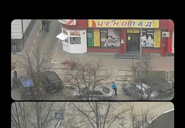 En Twitter han comenzado a circular fotos del lugar donde se registró el tiroteo. (Twitter/@russian_market)
