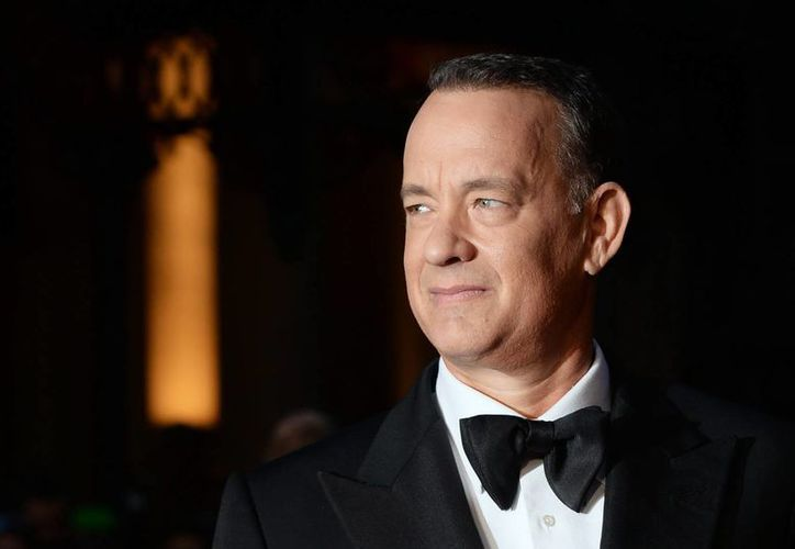 Tom Hanks, uno de los actores de Hollywood más queridos por el ciudadano común de EU, recibió de uno de ellos una tarjeta de crédito que extravió en Nueva York. (EFE)