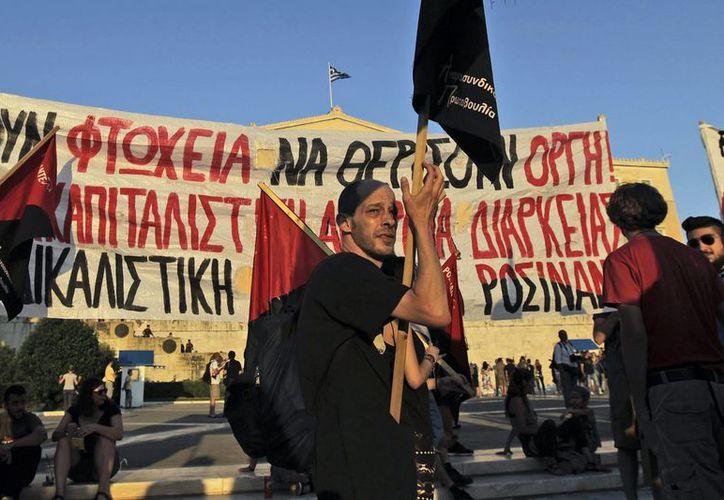 En las últimas dos semanas, la situación económica de Grecia ha empeorado notablemente según el Fondo Monetario Internacional. (EFE)