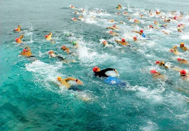 Con su nueva ruta, es el único evento de aguas abiertas internacional que se realiza sobre el mundialmente conocido Museo Subacuático. (Redacción/SIPSE)