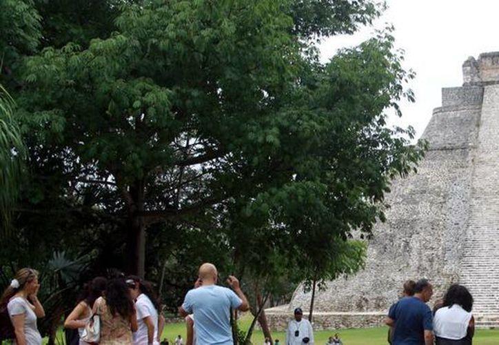 De acuerdo con la Canacome, a Yucatán arribarán 1.2 millones de turistas en las vacaciones de verano 2016. (Milenio Novedades)