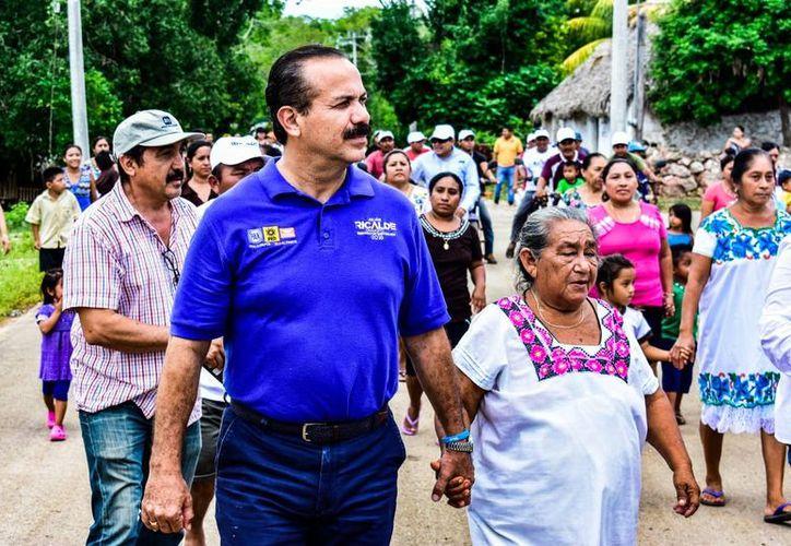 El candidat julián Ricalde promoveré acciones para impulsar que la sostenibilidad  se convierta en el pilar del desarrollo económico. (Foto: Redacción/SIPSE)
