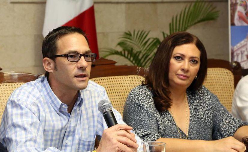Los funcionarios expusieron los atractivos que ofrece Mérida. (Milenio Novedades)