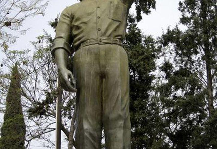 Estatua en honor al candidato presidencial Luis Donaldo Colosio, en Tijuana, donde fue asesinato hace veinte años. (Notimex)