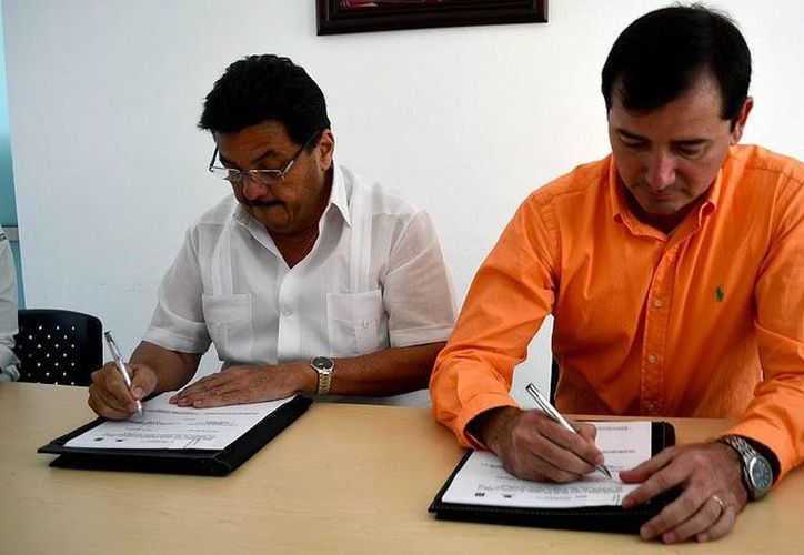 Agapito Magaña, presidente municipal de Isla Mujeres, acudió a tres eventos relacionados con el cuidado y el respeto al medio ambiente. (Redacción/SIPSE)