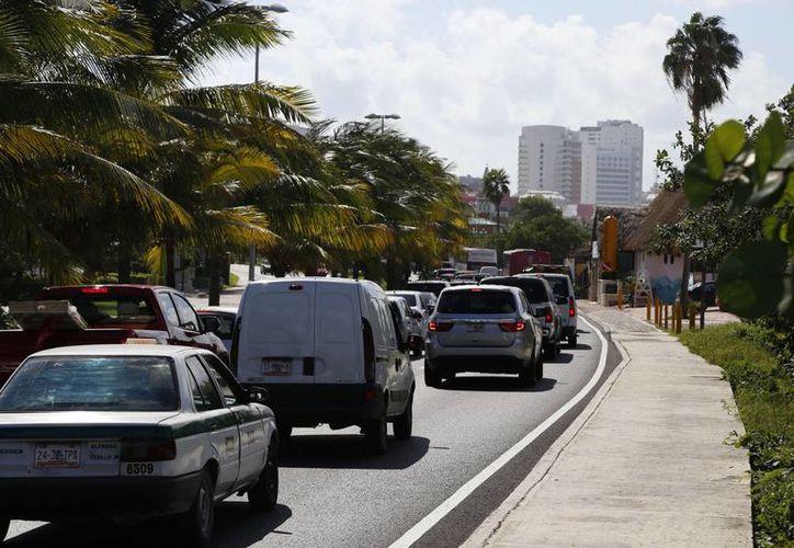El congestionamiento vial se prolongó por espacio de tres horas. (Israel Leal/SIPSE)