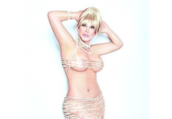 Laura León anticipa que su cuerpo, su piel y su canto al Vive Latino 2014. (vigiamichoacan.com.mx)