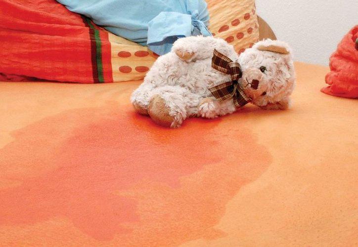 El 1% de los pequeños que se hacen pipí en la cama llegará a ser un adulto que hará lo mismo. (elgrafico.mx)