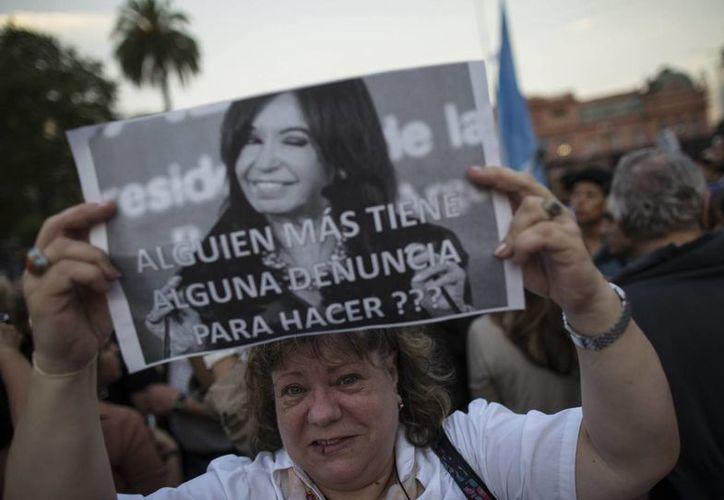Buena parte de la sociedad argentina cree que la muerte de Alberto Nisman quedará impune. (EFE)