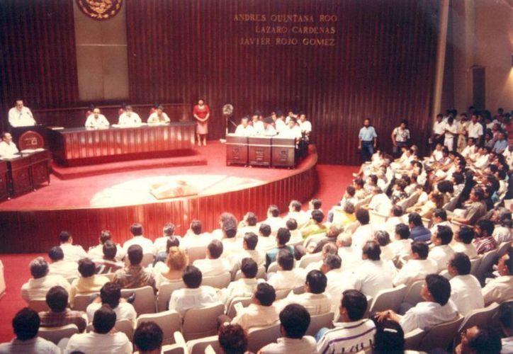 Aprobación del decreto de creación del municipio de Solidaridad el  27 julio de 1993. (Cortesía/Raymundo Tineo)