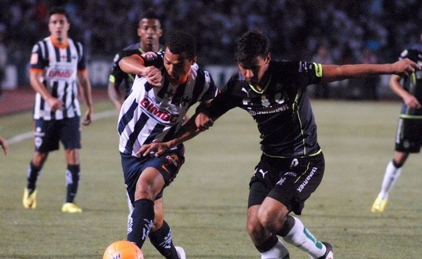 El Santos comenzó el partido contra Correcaminos con un gol en contra, pero se recompuso y los cambios para el segundo tiempo le dieron resultados: 3-2 en Copa MX. (Notimex/Foto de archivo)
