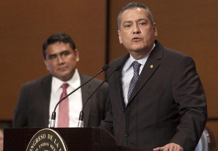 Beltrones dijo que las autodefensas no son una salida viable para la crisis en Michoacán. (Notimex)