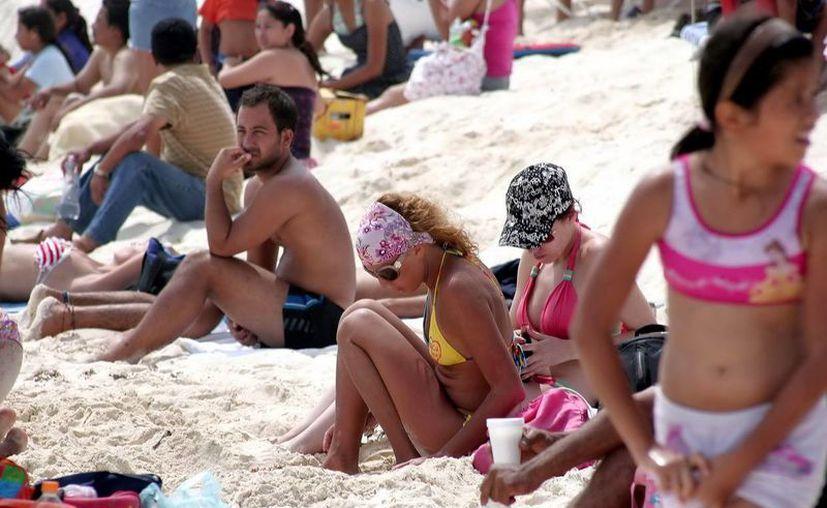 El visitante brasileño reporta una estadía entre 7 y 10 días en el estado, y un gasto tres veces mayor que el turista norteamericano. (Redacción/SIPSE)
