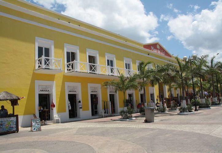 Plaza del Sol podría albergar el negocio tequilero. (Julián Miranda/SIPSE)