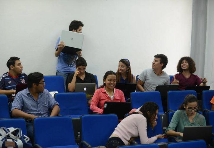 Los jóvenes participaron desde la semana pasada en los cursos,  bajo la conducción de cinco profesionales que llegaron de Estados Unidos y 10 locales. (Milenio Novedades)