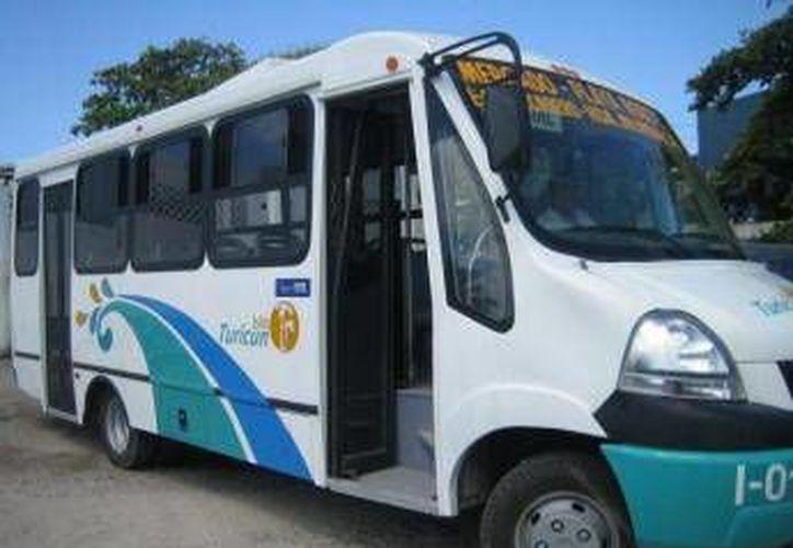 Se desconocen los motivos de la suspensión del transporte urbano. (Lanrry Parra/SIPSE)