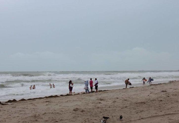 Imagen de archivo de una playa en Miami, Florida. (Archivo/EFE)