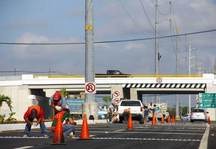 Las obras para desahogar el tráfico a Ciudad Caucel avanzan a buen ritmo. (Milenio Novedades)