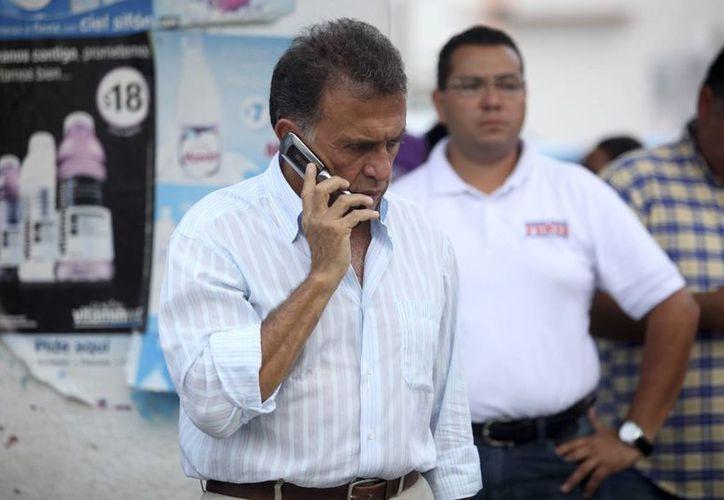 Miguel Ángel Yunes asegura que si gana las elecciones logrará encarcelar al gobernador Javier Duarte. (sdpnoticias.com)