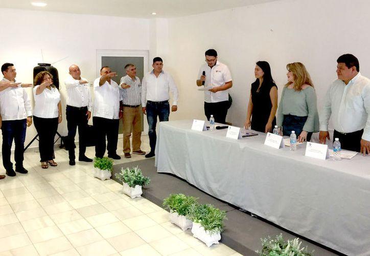 Cámara Nacional de la Industria Restaurantera y Alimentos Condimentados de Chetumal.