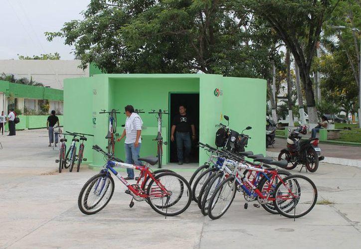 La próxima semana se llevará a cabo otra revisión y así sucesivamente hasta verificar las 700 bicicletas. (Gerardo Amaro/SIPSE)