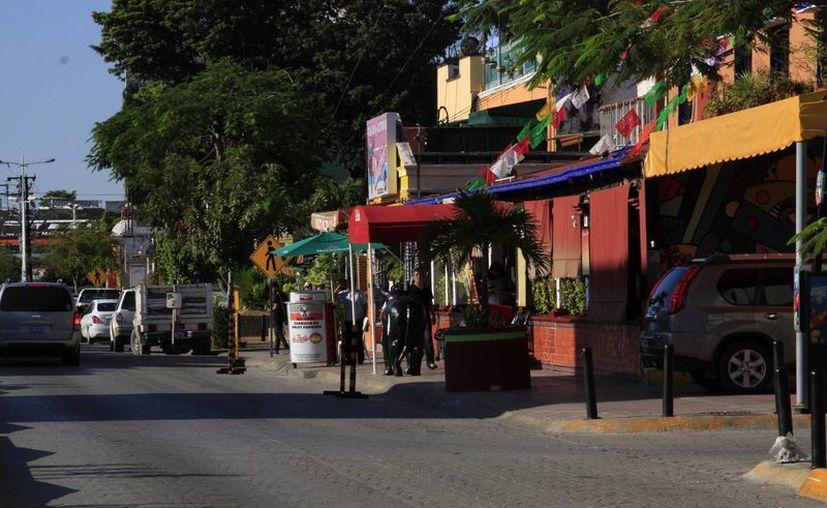 En el padrón del Ayuntamiento existen 879 empresarios registrados en la Yaxchilán. (Tomás Álvarez/SIPSE)