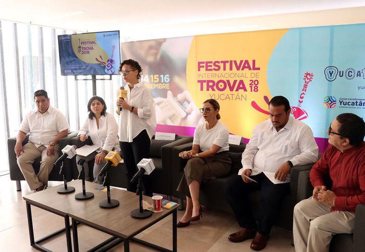 Al asistir al primer Festival Internacional de Trova se podrá disfrutar de  diversas expresiones de la canción romántica, que llenarán las calles con presentaciones de destacados artistas nacionales y extranjeros.