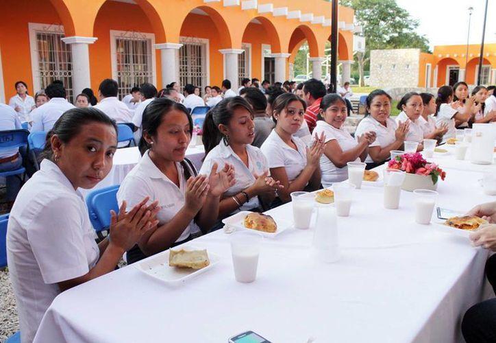 El rescate de espacios públicos y desayunadores es una de las prioridades de la Sededi. (Cortesía/SIPSE)