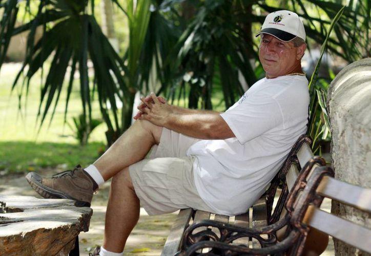 El fruto más importante que he cosechado es el amor al mundo maya: Alberto Haggar. (C.Ayala/SIPSE)