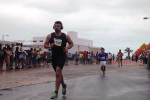 Finaliza la carrera 'Ven y Corre sobre el Mar' en Progreso