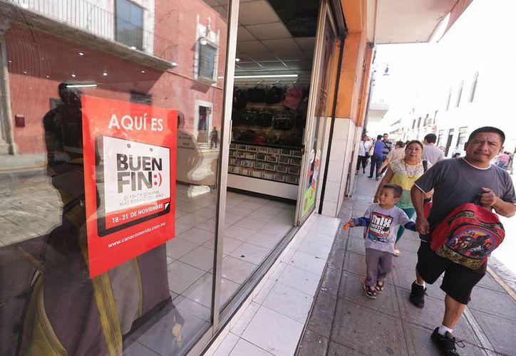 Se espera que entre mañana y el domingo lleguen al centro de Mérida unos 600 mil potenciales compradores. (Milenio Novedades)