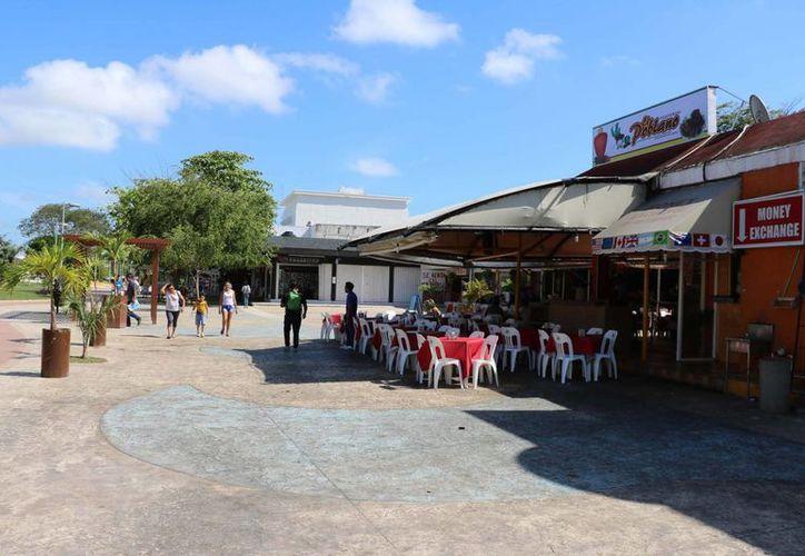 La temporada vacacional favoreció a los restaurantes. (Miguel Ángel Ortiz/SIPSE)