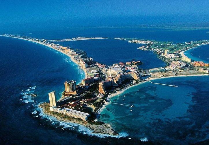 La visita de autoridades de China, sirve como plataforma para promover los destinos turísticos como Cancún y la Riviera Maya. (Foto/Internet)
