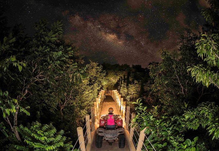 Emotions Jungle Night ofrecerá atracciones como puente colgante, cuatrimotos y circuito de tirolesas, entre otras. (Foto: Redacción)