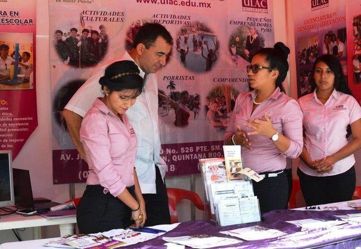 La Primera Feria Educativa Cancún 2016, ofrece un espacio para la difusión de la oferta educativa. (Redacción/SIPSE)