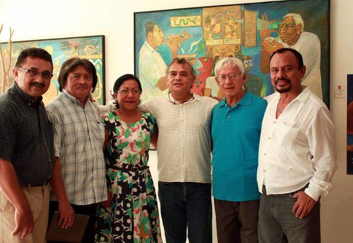 La exposición cuenta con la participación de 11 artistas oaxaqueños y 8 de Yucatán.(Jorge Acosta/Milenio Novedades)