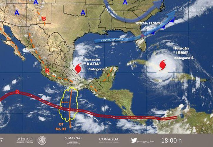 Katia se desplazaba lentamente el miércoles frente a las costas del estado Veracruz, en el Golfo de México. (SMN)