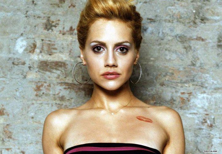 Una especulación apunta a la madre de Brittany Murphy, debido a la conducta que tuvo después de la muerte de la actriz. (Internet)