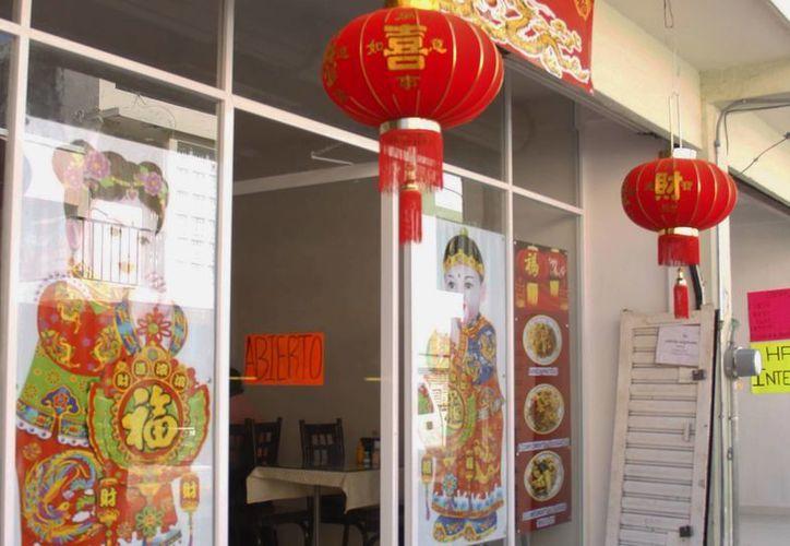 Al menos 15 negocios de comida china encaran demandas por mala higiene. (Milenio Novedades)