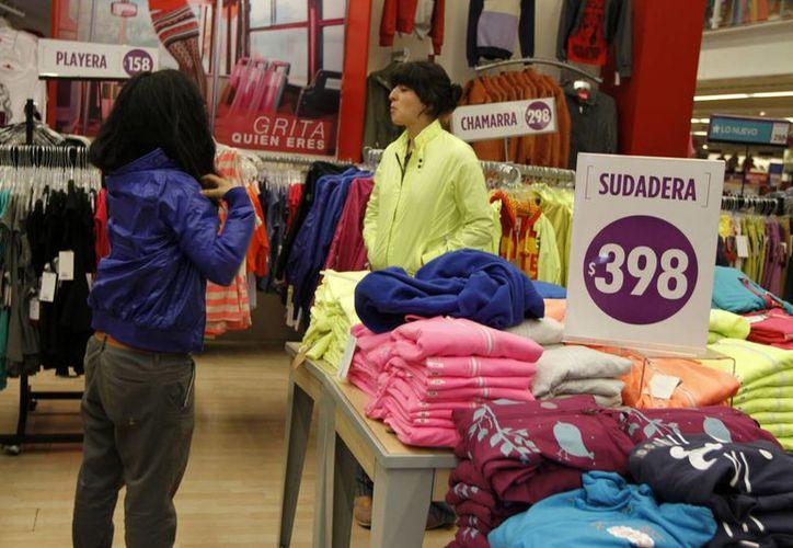 La Profeco sugiere que las compras que se realicen durante El Buen Fin sean de artículos indispensables. (Archivo/Notimex)
