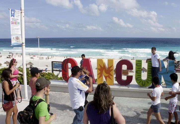 El Parador Fotográfico se ubica en Playa Delfines. (Francisco Gálvez/SIPSE)